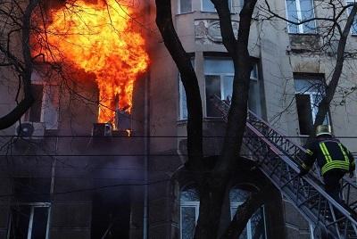 В Херсоні деякі будівлі держустанов знаходяться у пожежно небезпечному стані
