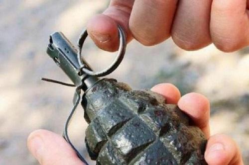 В Херсонской области во двор предпринимателя бросили гранату