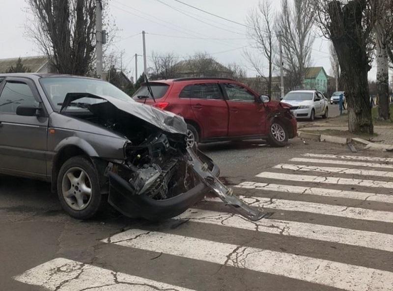 В Скадовске разбились два автомобиля