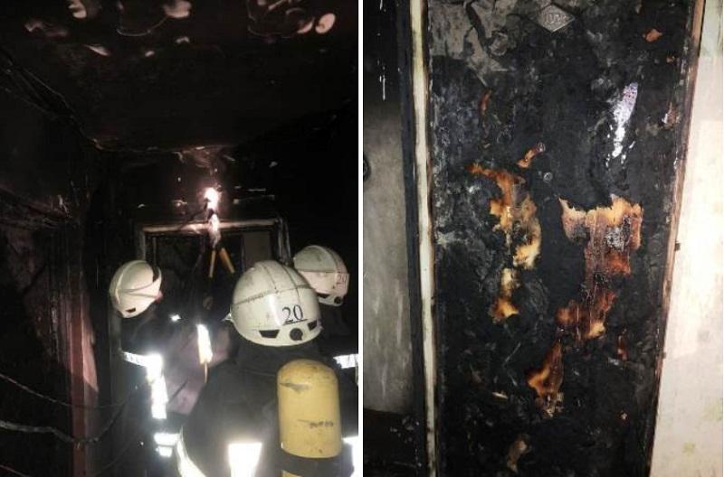 В Херсоне хулиганы подожгли двери в квартиры