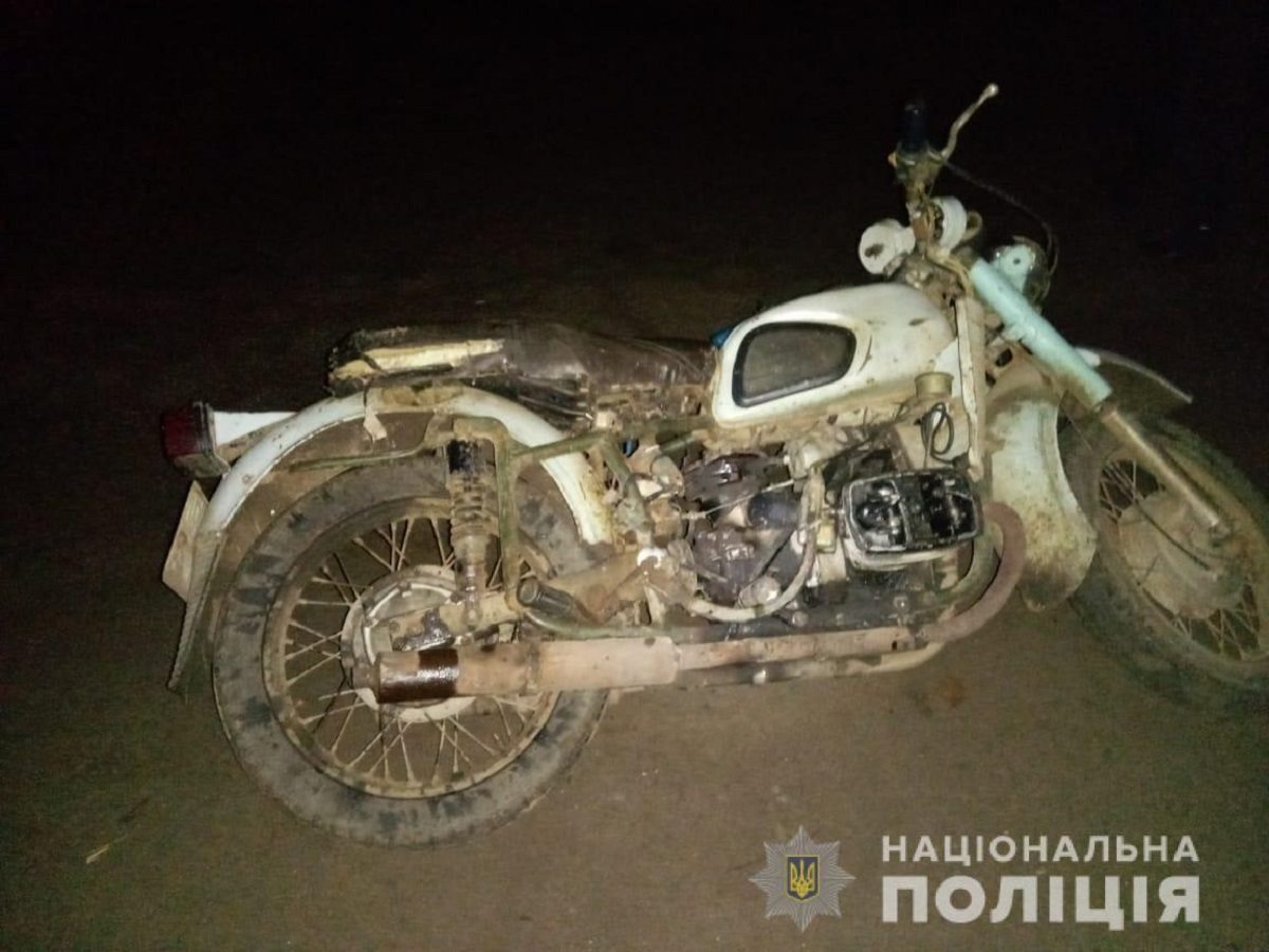 На Херсонщине погиб мотоциклист на тяжёлом мотоцикле