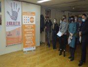 В Херсоне презентовали фотовыставку против домашнего насилия