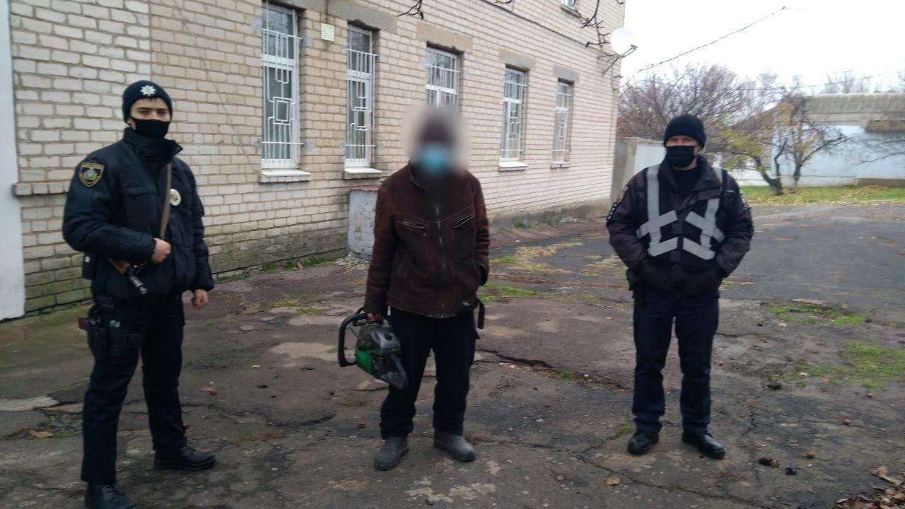 В Херсонской области вор не смог убежать от полиции с украденным