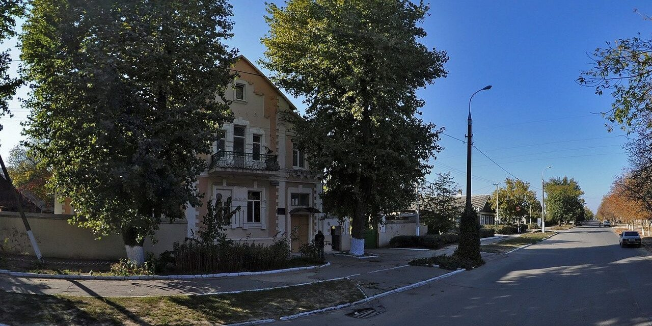 В Херсоне вновь пытаются закрыть противотуберкулезную поликлинику