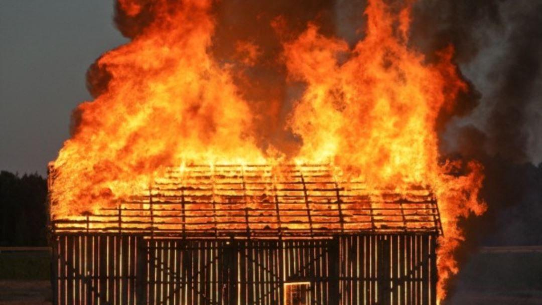 На Херсонщине собутыльники оставили подругу погибать в огне