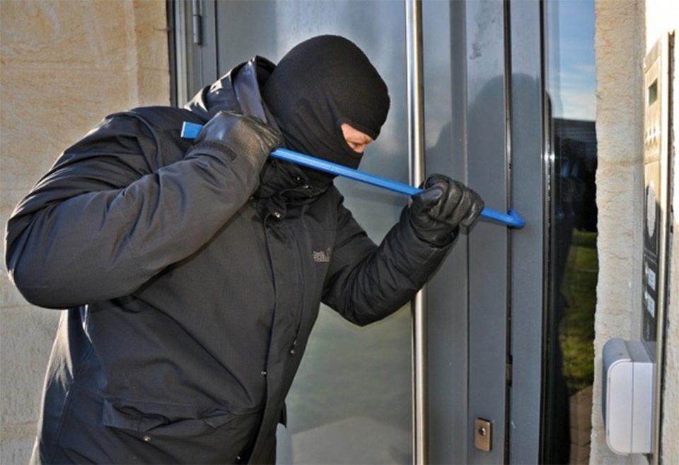 Подробности бандитского налета на банк в Херсоне
